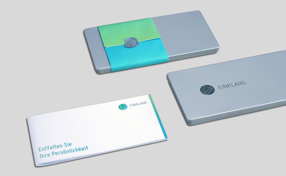 Einklang – Broschürenkonzept mit Weißblechdose – 2012